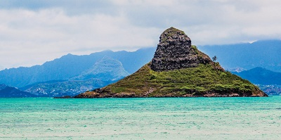 Hiking On Chinaman's Hat Things To Do In Honolulu